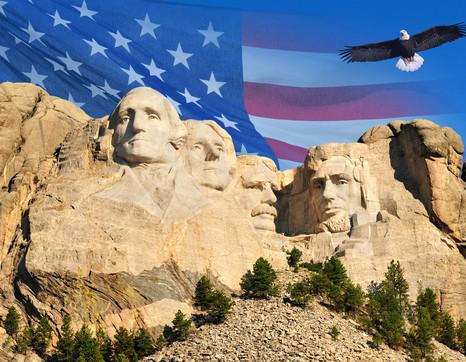 Explore the USA knap Edwin Verin shutterstock 350376587